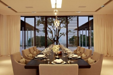 luxurious-phuket-villa-contemporary-dining-room-furniture-design